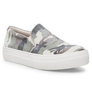 Steve Madden Gills Slip On Camo Sneaker 10 NWT